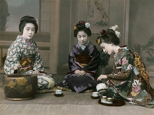 A demonstration of the Japanese tea ceremony. Photo credit: ourcamden.org.