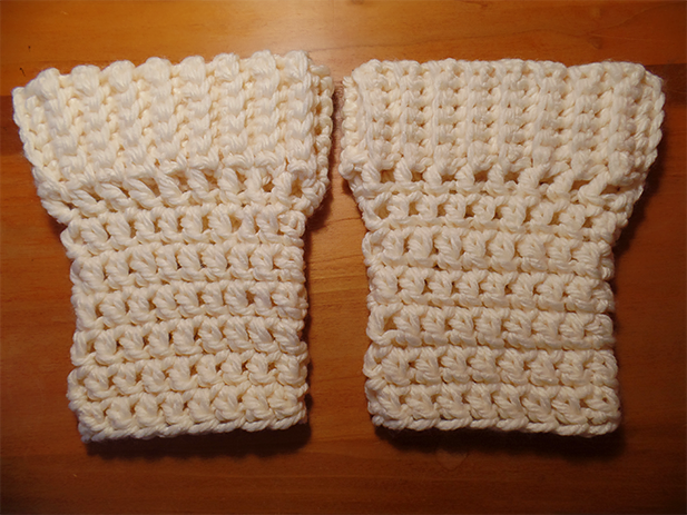DIY crochet boot cuffs